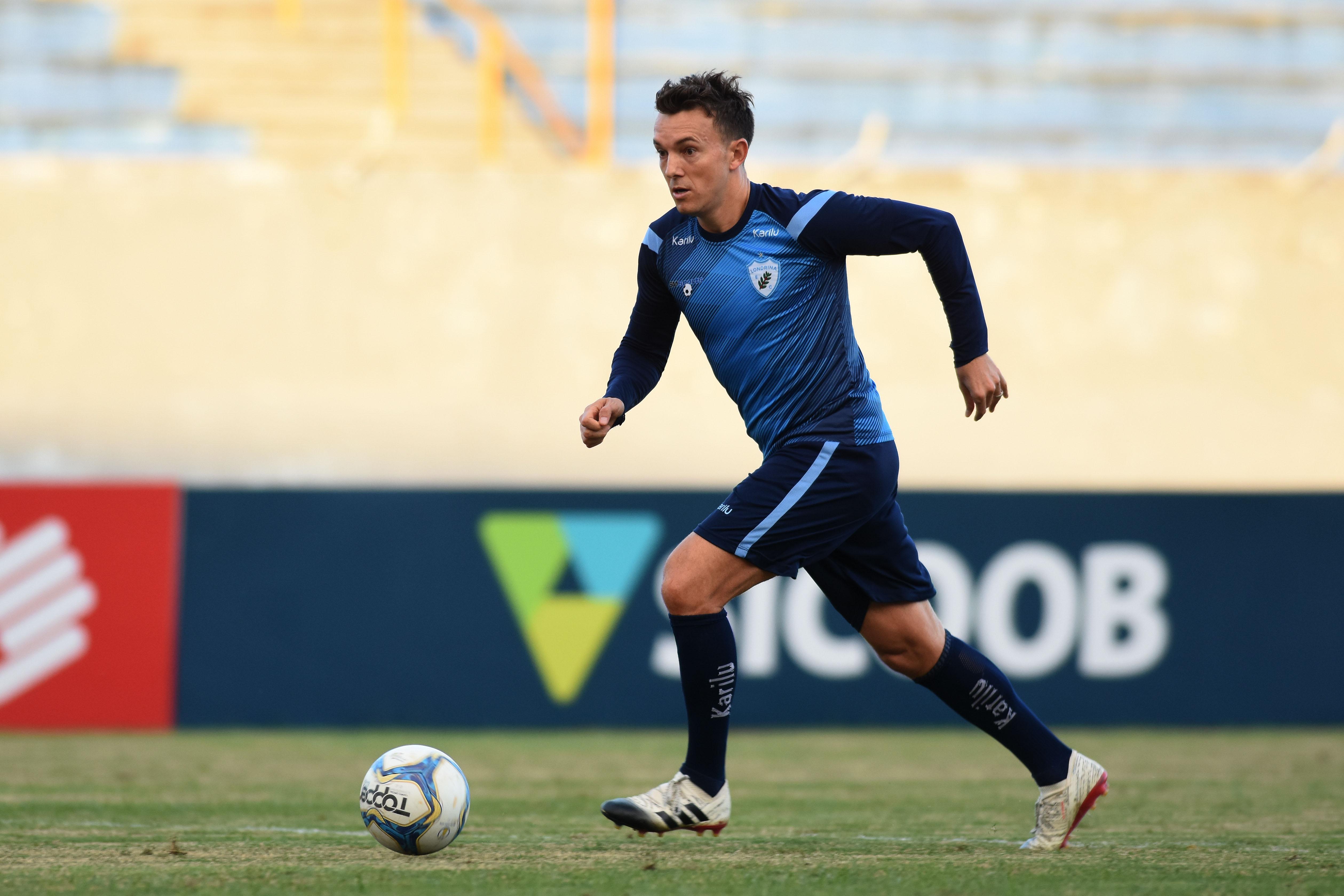 Dagoberto volta a treinar normalmente e está à disposição do técnico Alemão para a partida contra o Cuiabá