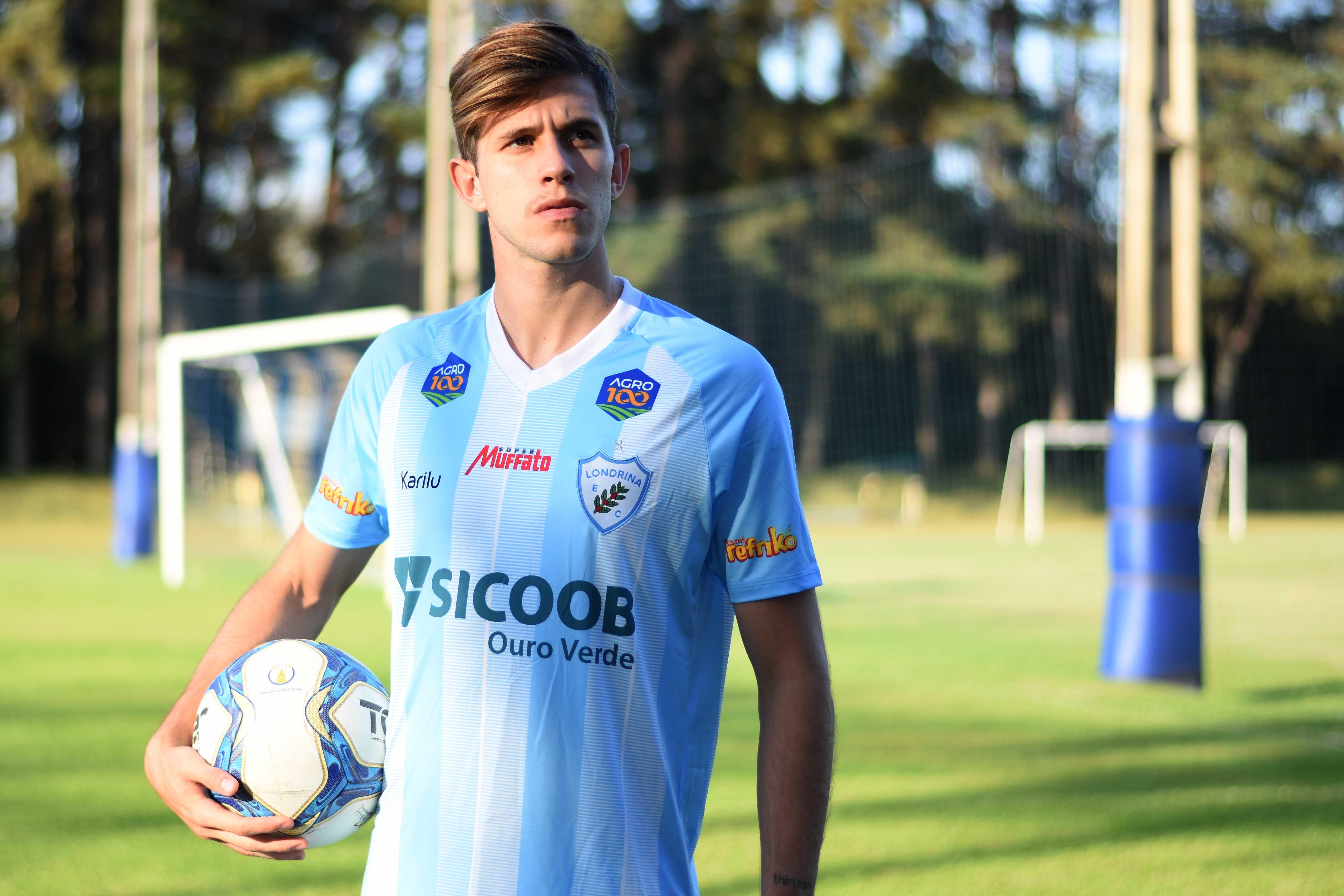 Léo Passos chega para reforçar o ataque do Londrina