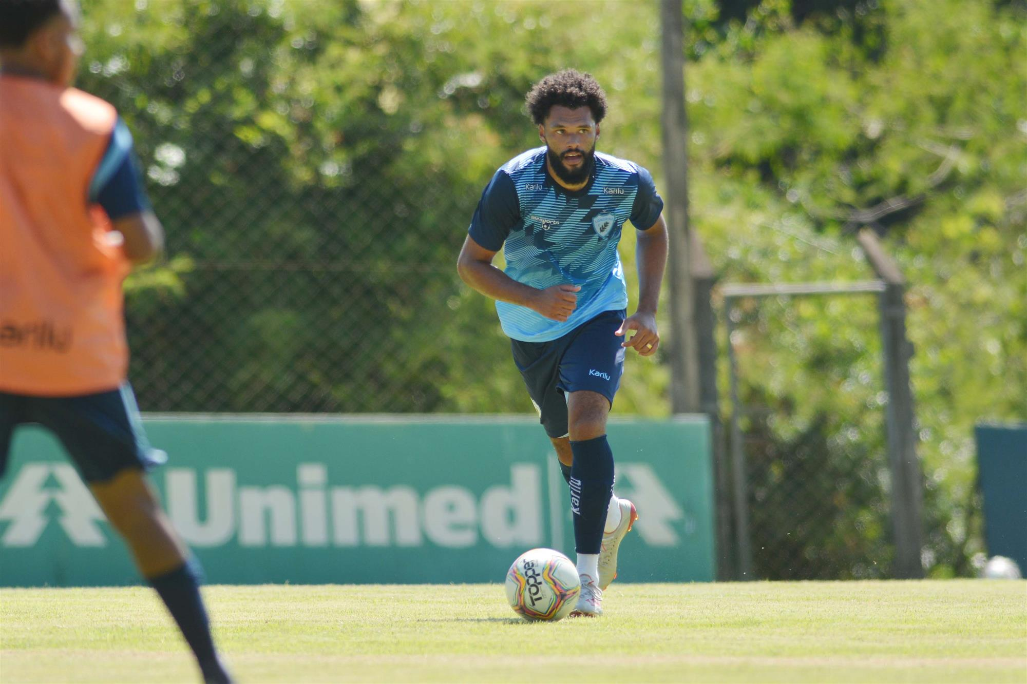 Lucas Costa deve ser a novidade na zaga na partida contra o Rio Branco