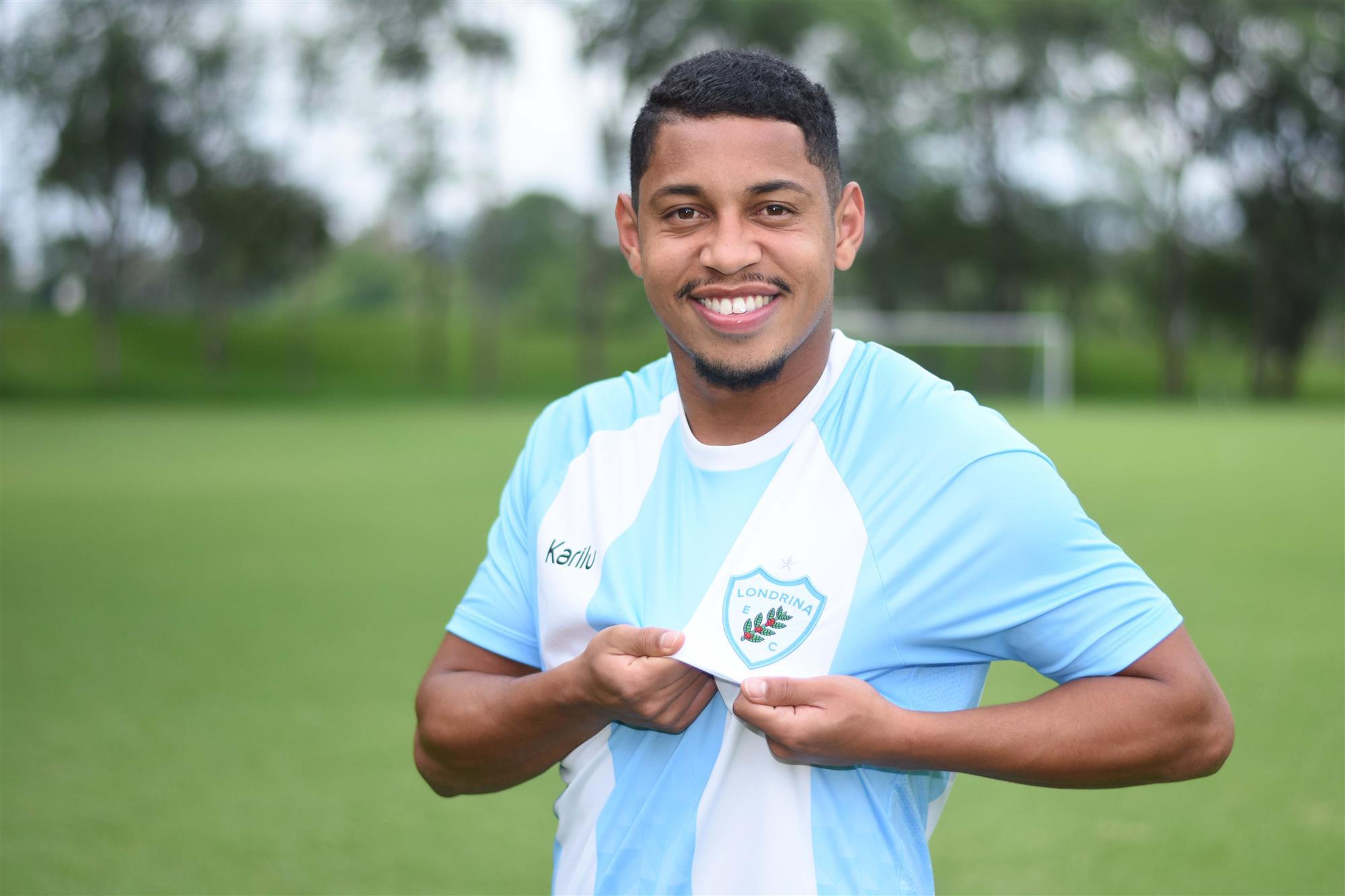 Ruster Santos é o novo reforço da equipe principal alviceleste para o Estadual